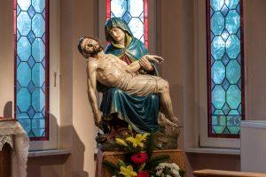 SEDE-Creutzwald-Villa Notre-Dame de la Clairière-Capela-ImgSt-Pietá2